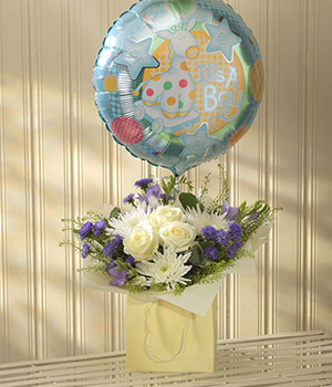 florist delivered aquapack flowers cream roses blu