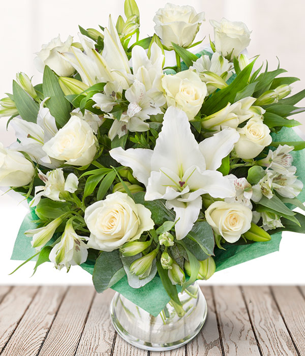 The Orient Oriental Lilies White Roses Send Flowers